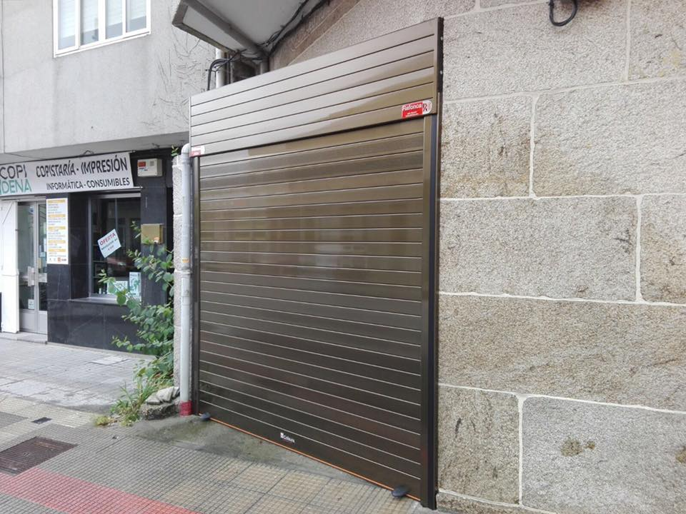 Puerta Collbaix Master de garaje