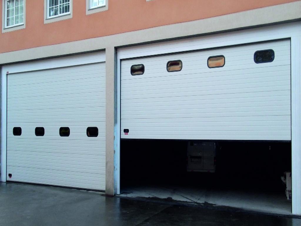 Puerta seccional industrial Novoferm Thermo 45