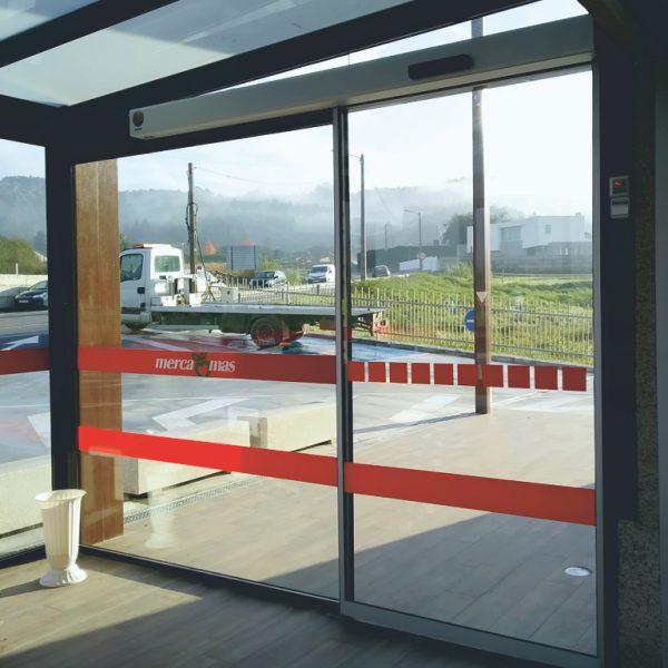 Puerta automática de cristal Geze Ec-Drive