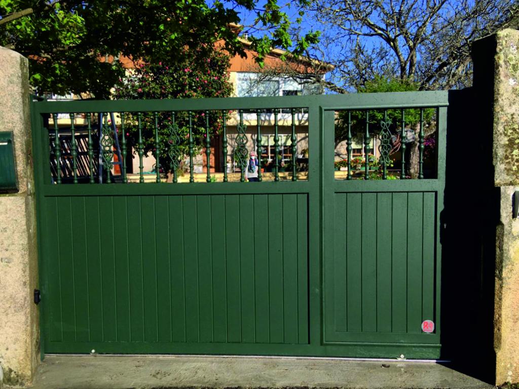 Portal corredera con barrote en Pontevedra 1