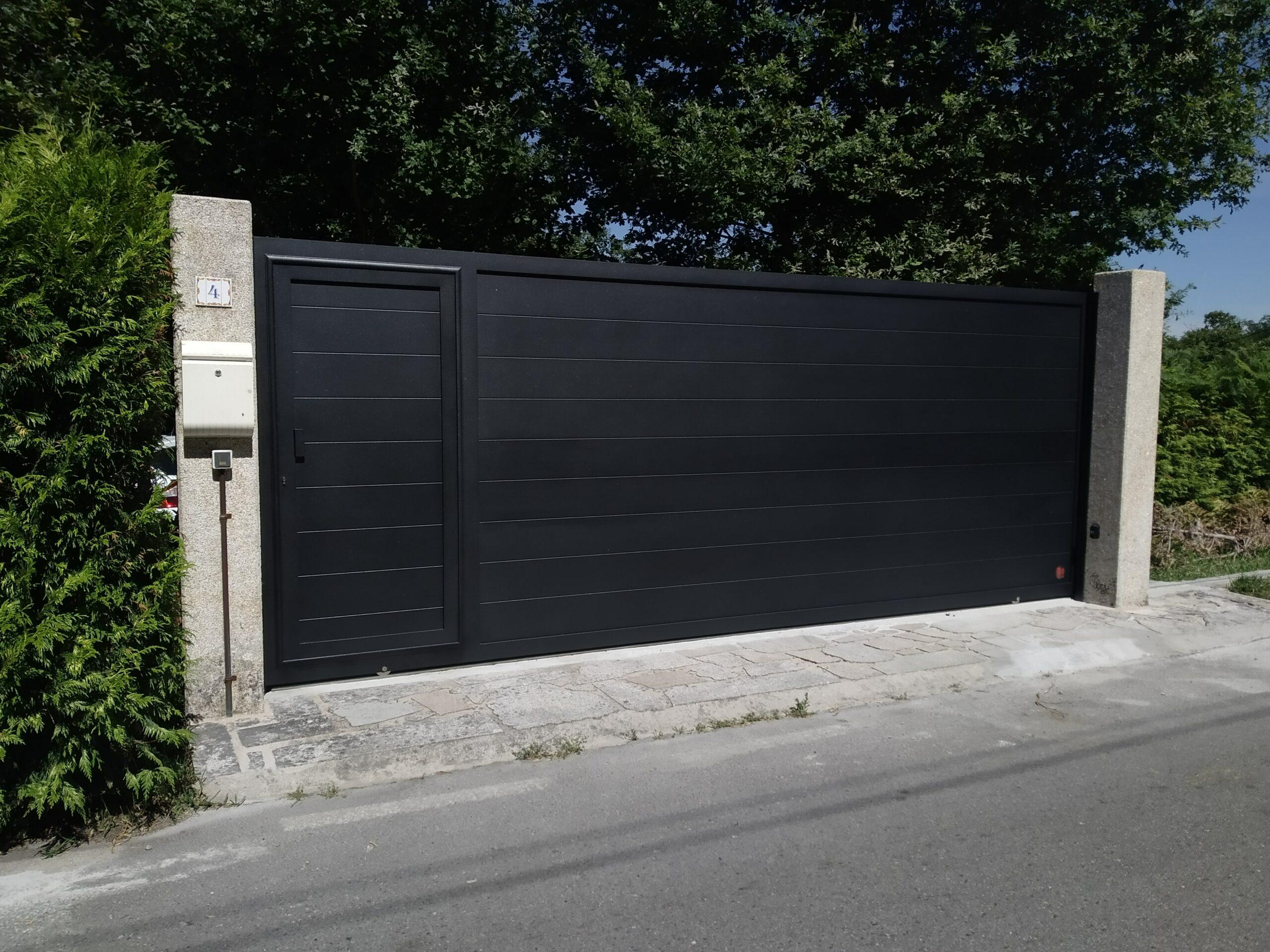 Portal de aluminio soldado en Cerponzóns (Pontevedra) 1