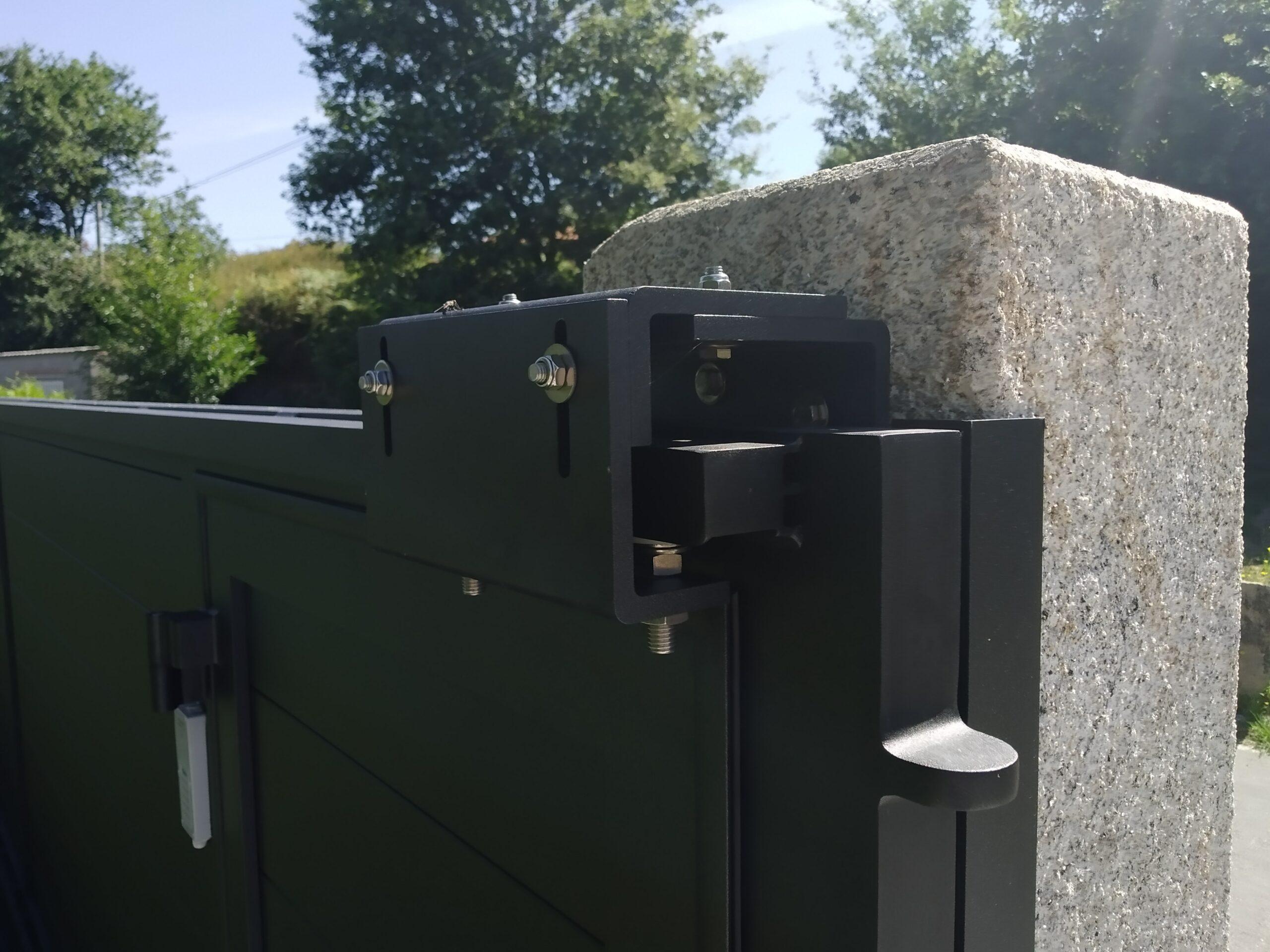 Portal de aluminio soldado en Cerponzóns (Pontevedra) 2
