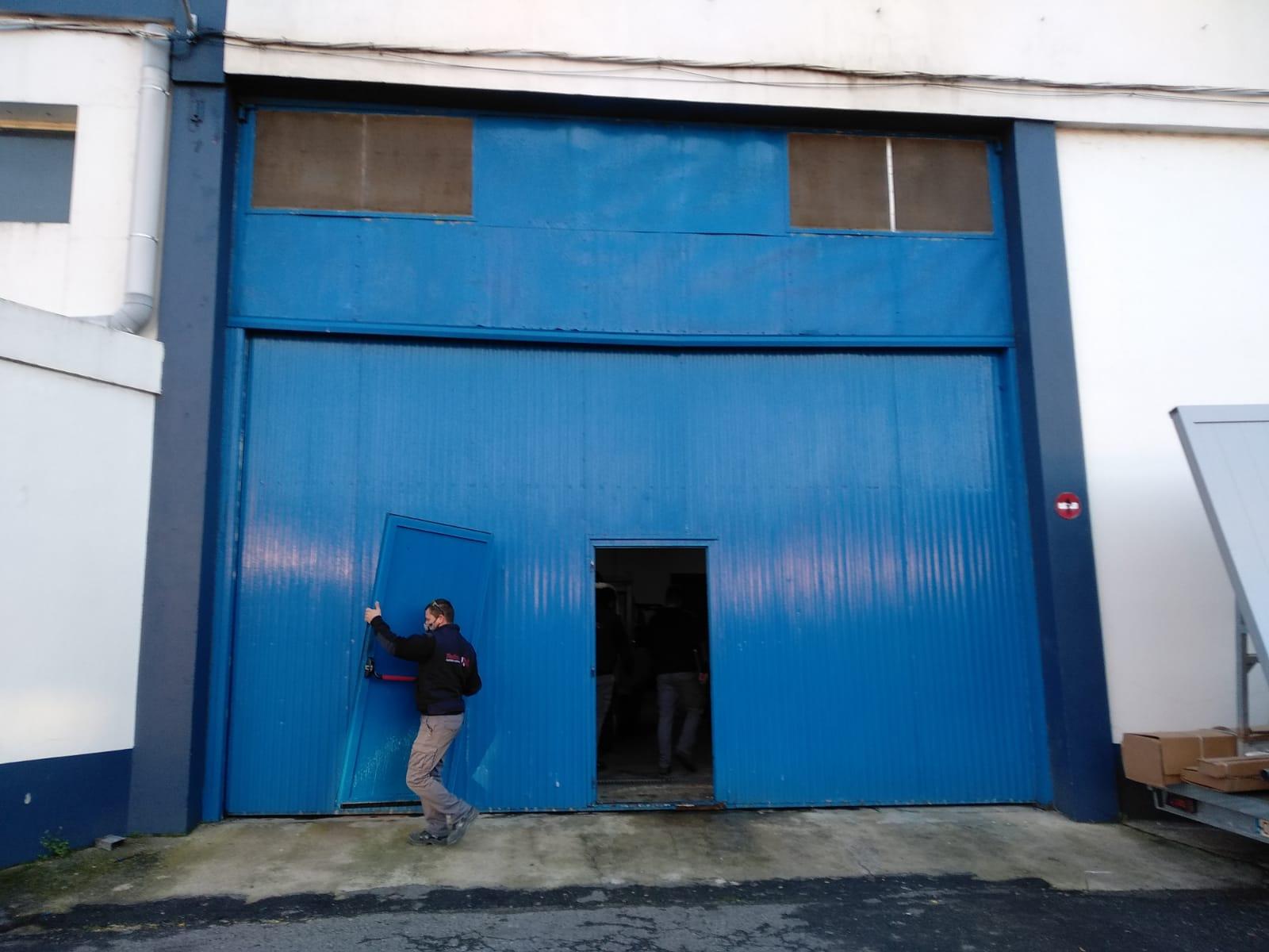 Espectacular cerramiento de nave para la empresa Pescamar en Poio 1